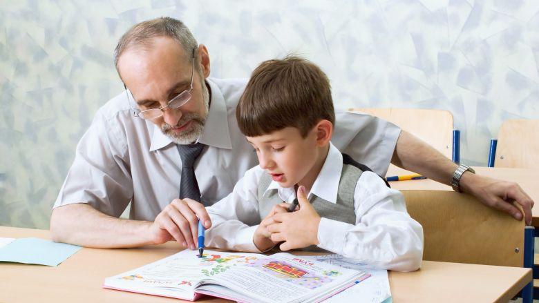 Ребенок не может выучить стих. Как помочь?